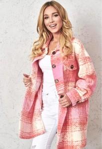 Różowy płaszcz lafemmeboutique.pl w stylu casual