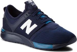Granatowe buty sportowe dziecięce New Balance sznurowane