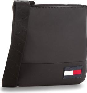 1c41a6d35b87e torba podróżna tommy hilfiger - stylowo i modnie z Allani