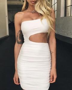 Sukienka Kendallme z okrągłym dekoltem bez rękawów mini