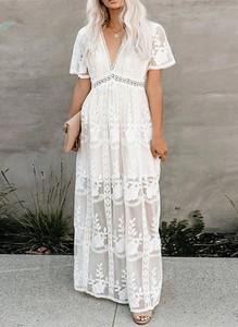 Sukienka Arilook w stylu boho z krótkim rękawem