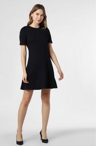 Granatowa sukienka Tommy Hilfiger mini z krótkim rękawem z okrągłym dekoltem