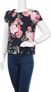 Bluzka Billie & Blossom z okrągłym dekoltem z krótkim rękawem
