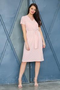 Różowa sukienka butik-choice.pl z tkaniny z krótkim rękawem