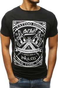T-shirt Dstreet w młodzieżowym stylu z krótkim rękawem