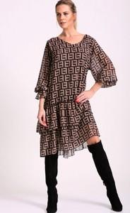 Sukienka Agrafka midi z długim rękawem
