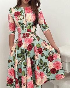 Sukienka Kendallme z okrągłym dekoltem z krótkim rękawem trapezowa
