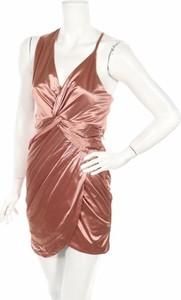 Różowa sukienka Fashion Nova