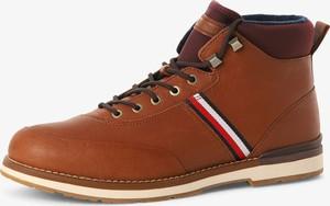 Brązowe buty zimowe Tommy Hilfiger sznurowane ze skóry