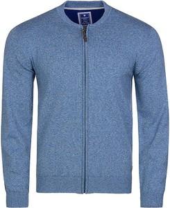 Niebieski sweter Redmond z okrągłym dekoltem z bawełny