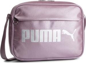 9a3ffe3028309 Fioletowa torba sportowa Puma w sportowym stylu