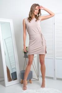 Sukienka Fimfi bez rękawów z dekoltem w kształcie litery v dopasowana