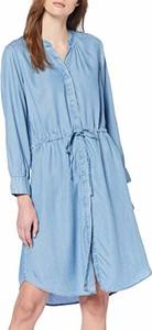 Sukienka Selected Femme z dekoltem w kształcie litery v w stylu casual