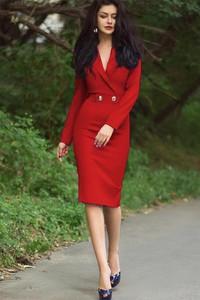 Czerwona sukienka IVET.PL maxi z długim rękawem
