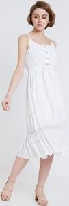Sukienka NA-KD midi na ramiączkach