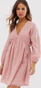 Różowa sukienka Asos Design mini z dekoltem w kształcie litery v z długim rękawem