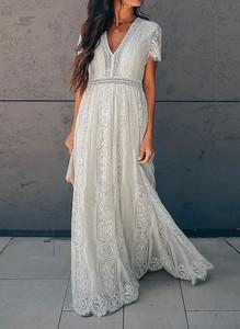 Sukienka Cikelly z krótkim rękawem z dekoltem w kształcie litery v