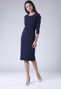 Sukienka Nommo dopasowana z okrągłym dekoltem z długim rękawem