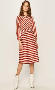 Sukienka Silvian Heach z tkaniny z kołnierzykiem midi