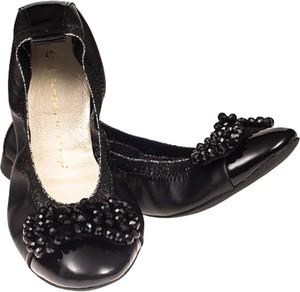 Czarne baleriny Lafemmeshoes z płaską podeszwą w stylu casual ze skóry