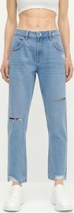 Niebieskie jeansy Reserved z bawełny w street stylu
