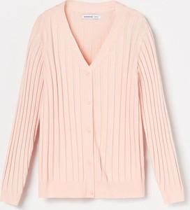 Różowy sweter Reserved z dzianiny