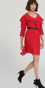 Czerwona sukienka Renee z dekoltem w kształcie litery v mini