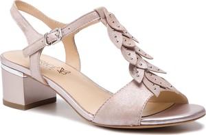 Sandały Caprice z klamrami z nubuku
