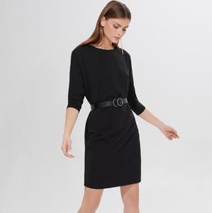 Czarna sukienka Mohito z okrągłym dekoltem prosta