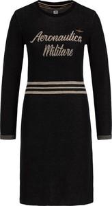 Czarna sukienka Aeronautica Militare z długim rękawem w militarnym stylu trapezowa