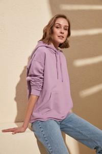 Bluza Trendyol w młodzieżowym stylu krótka