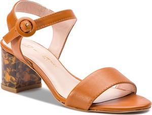Sandały L37 w stylu casual z klamrami