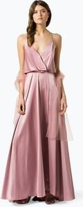 Różowa sukienka Unique