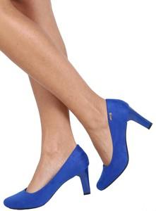 Niebieskie czółenka Sergio Leone