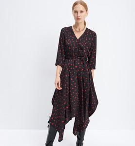 Sukienka Mohito asymetryczna z długim rękawem