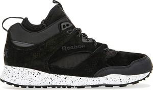 Czarne buty sportowe Reebok sznurowane z zamszu