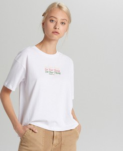 T-shirt Cropp z krótkim rękawem w stylu casual z okrągłym dekoltem
