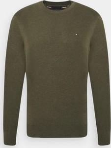 Sweter Tommy Hilfiger z okrągłym dekoltem w stylu casual