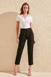 Spodnie Trendyol w stylu klasycznym
