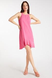 Różowa sukienka Monnari bez rękawów