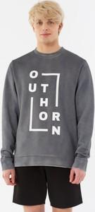 Bluza Outhorn z nadrukiem w młodzieżowym stylu