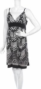 Sukienka Expression na ramiączkach rozkloszowana z dekoltem w kształcie litery v