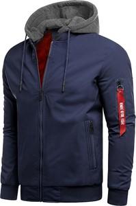 Granatowa kurtka Risardi w młodzieżowym stylu krótka