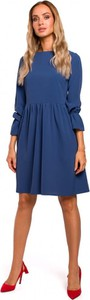 Niebieska sukienka MOE z długim rękawem z okrągłym dekoltem