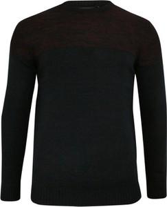 Granatowy sweter Brave Soul z tkaniny