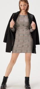 Sukienka Sinsay w stylu casual z długim rękawem dopasowana