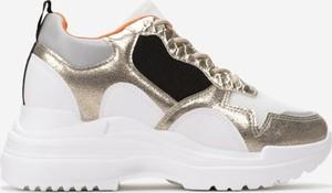 Sneakersy born2be sznurowane na platformie