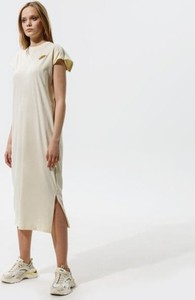 Sukienka Nike z krótkim rękawem