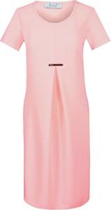 Różowa sukienka Fokus z okrągłym dekoltem midi z tkaniny
