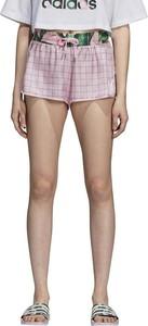 Różowe szorty Adidas z satyny